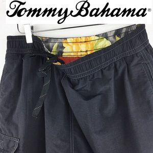 Tommy Bahama Active | Men's Cargo Shorts Sz M